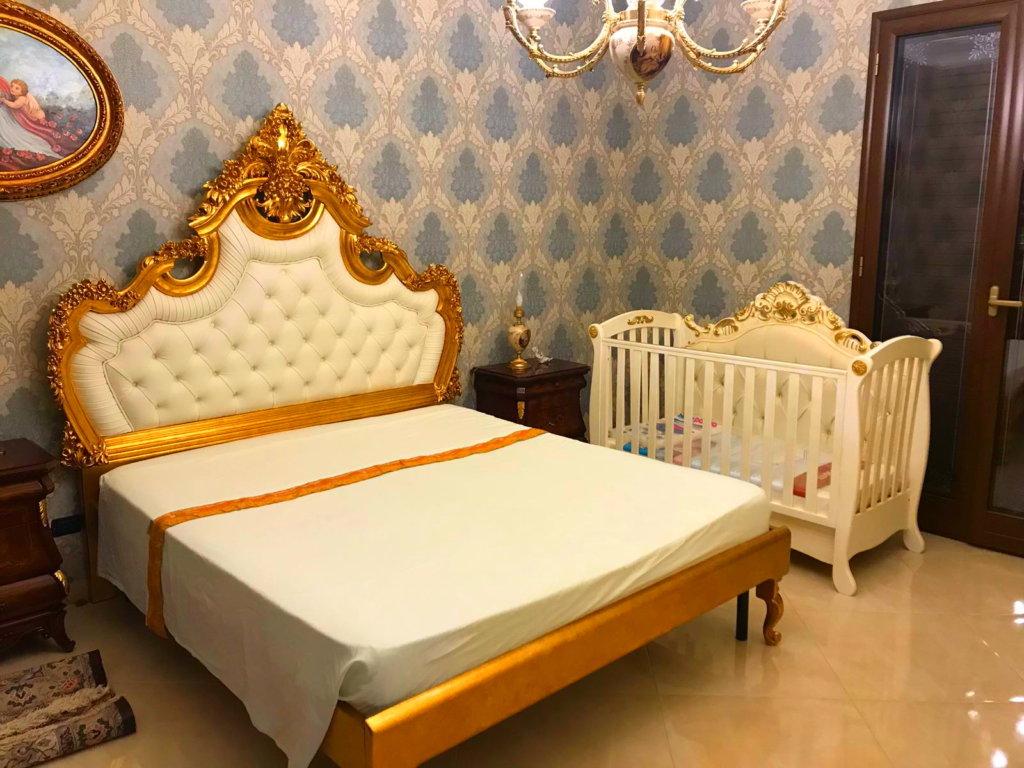 Idee camere da letto fabbrica culle dal barocco siciliano for Charles che arredo la reggia di versailles